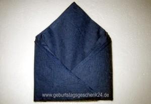serviette-bischofsmuetze-14.jpg