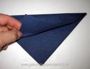 serviette-bischofsmuetze-4.jpg